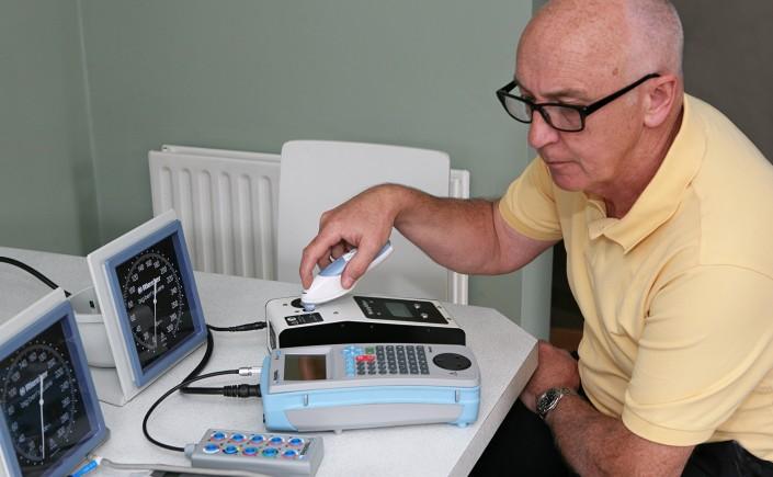 calibrating blood pressure machine